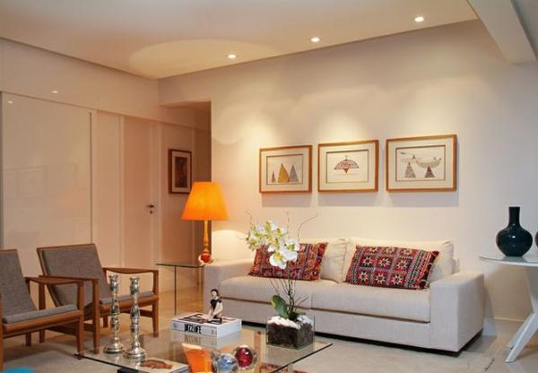 Декоративная подсветка в гостиной