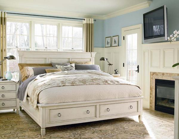 Спальня в классическом стиле голубая