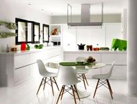Современные кухни белого, серого и черного цвета