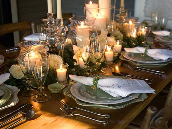 Dining room table centrepieces