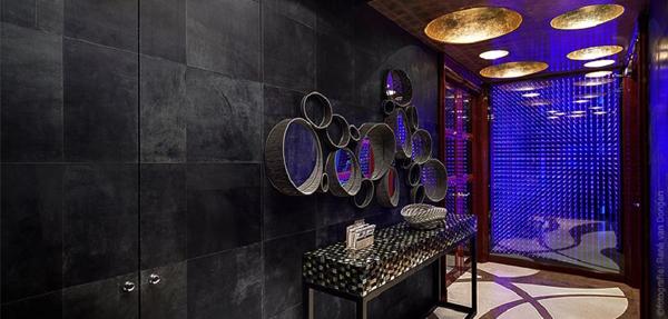 кожаная плитка в интерьере кожаное панно на стене в ванной фото